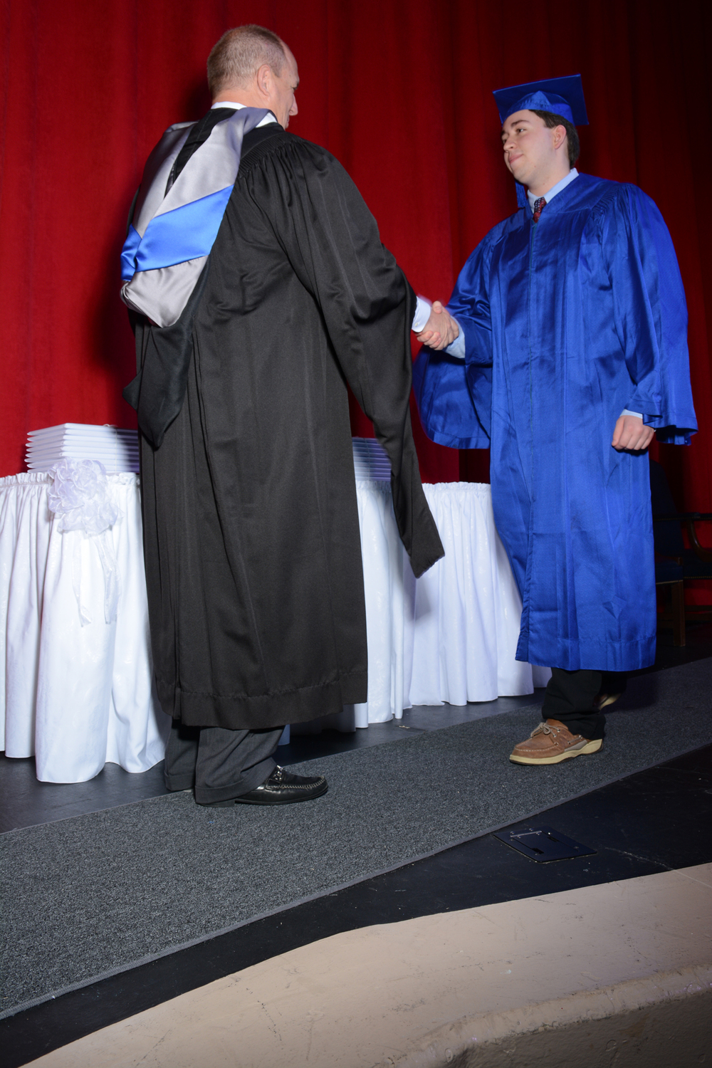 May16 GraduationPhotos100.jpg