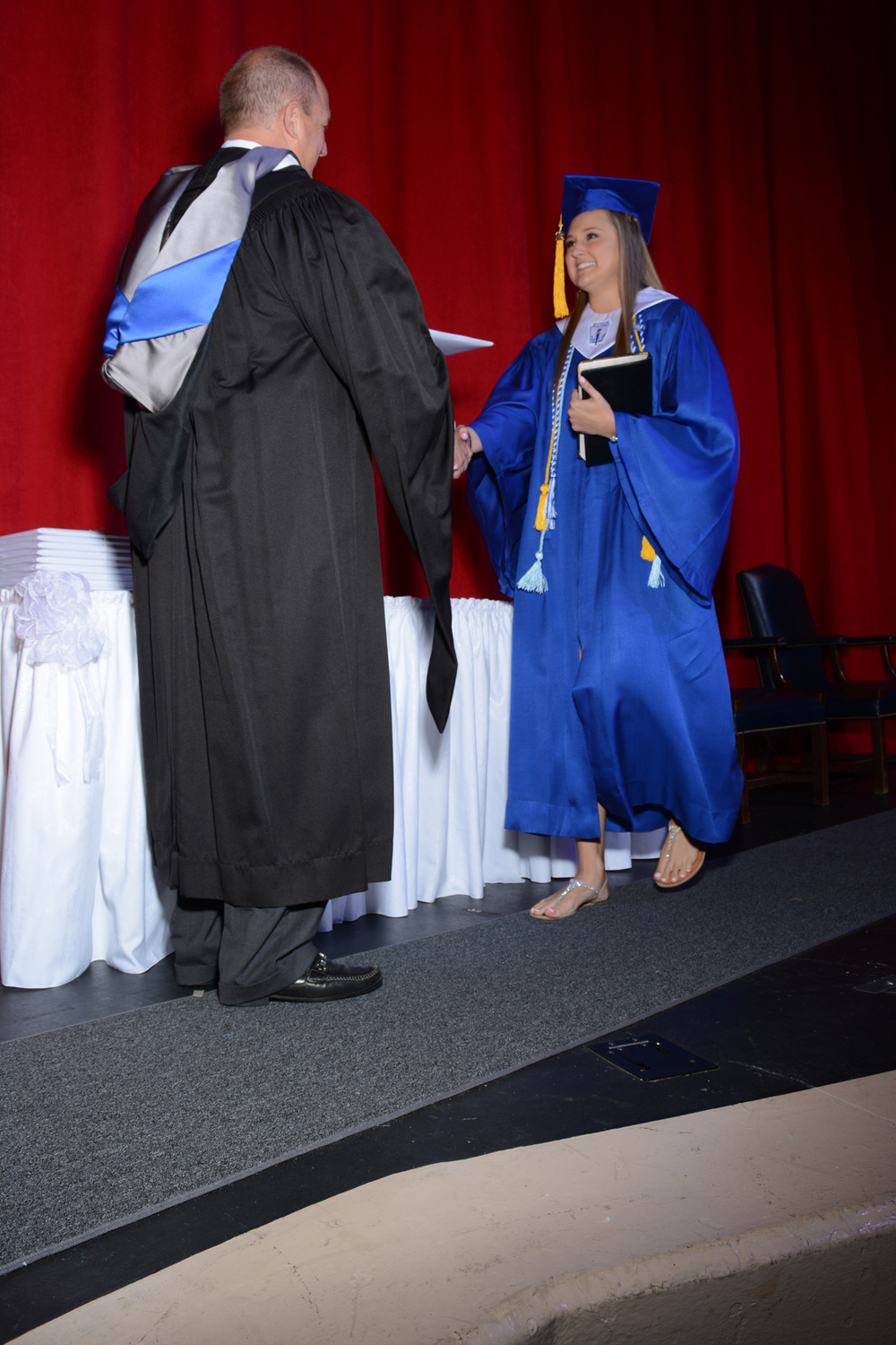 May16 GraduationPhotos144.jpg