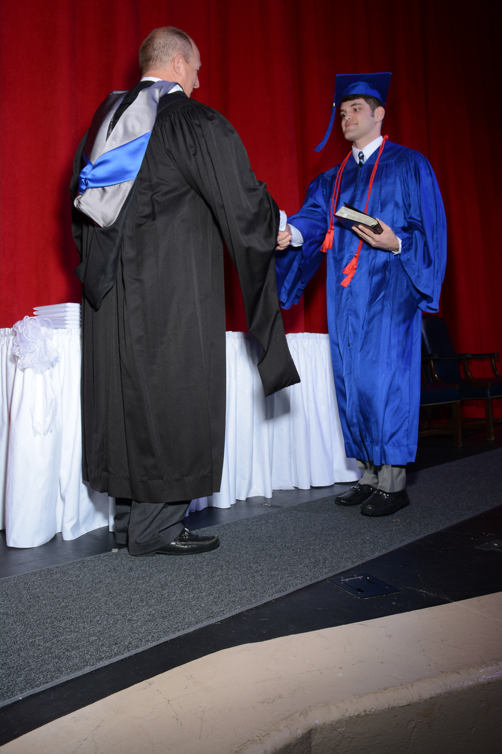 May16 GraduationPhotos175.jpg