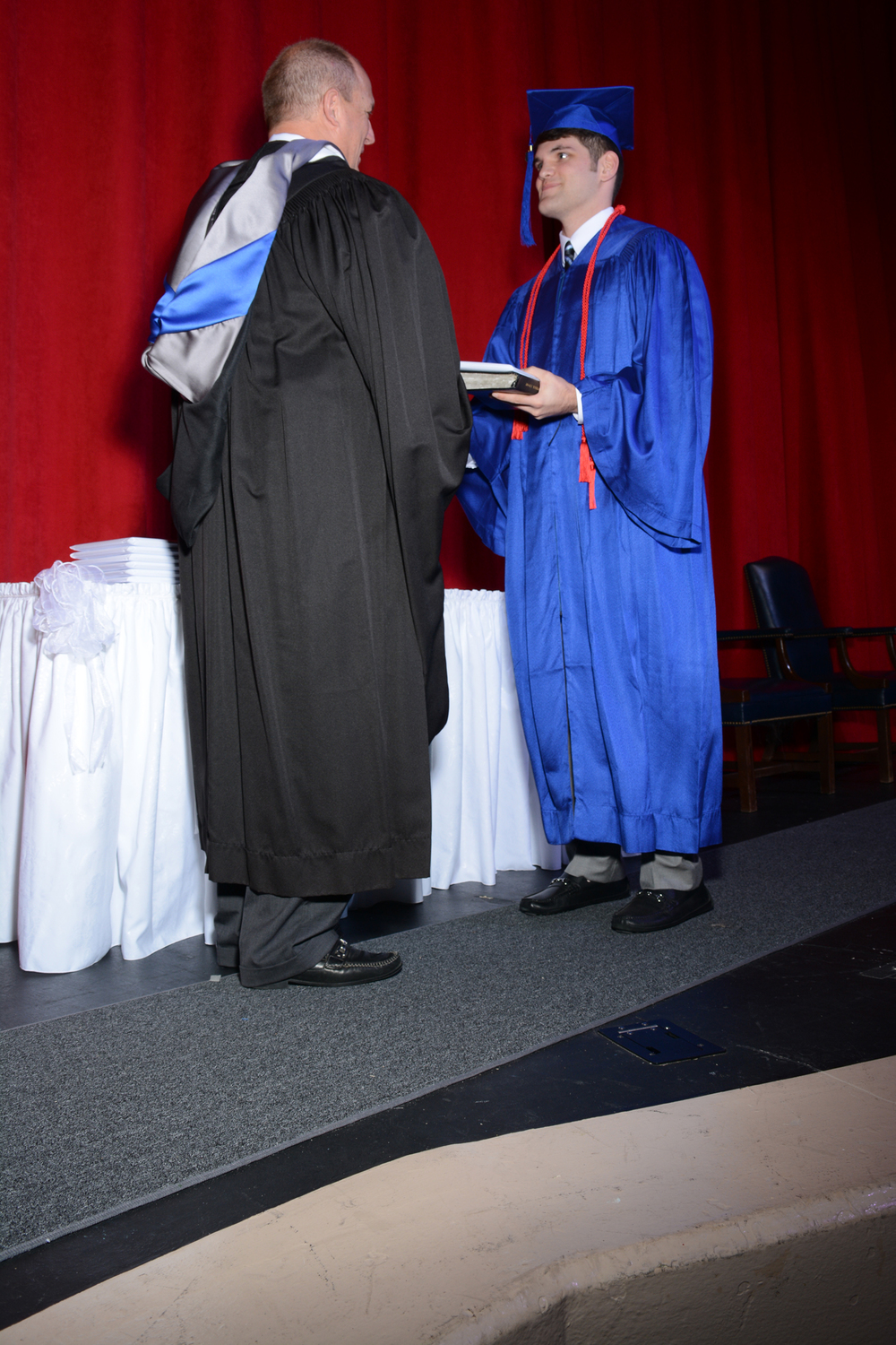 May16 GraduationPhotos176.jpg