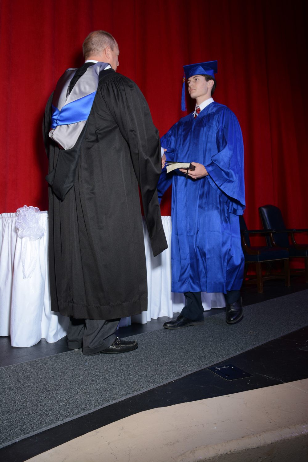May16 GraduationPhotos201.jpg