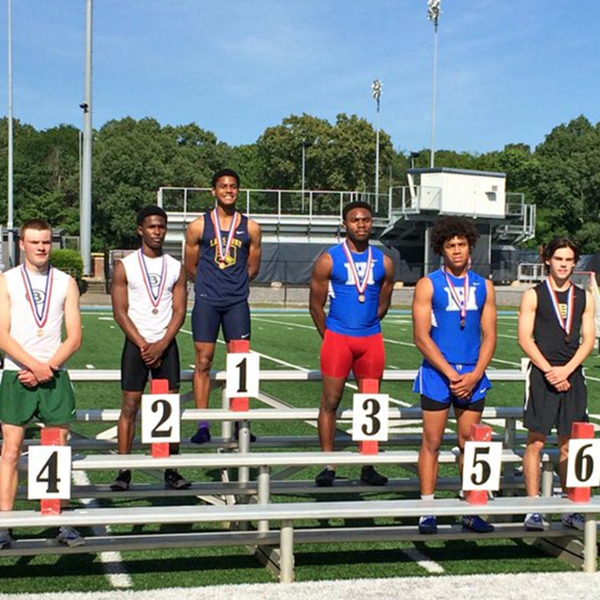 Marquavious Moore and James Townsdin finished 3rd and 5th in the 110m hurdles.