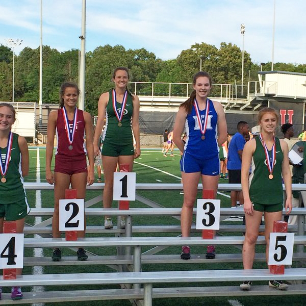 Sarah Luttrell ran a new PR and new school record for 3rd place in the 300m hurdles.