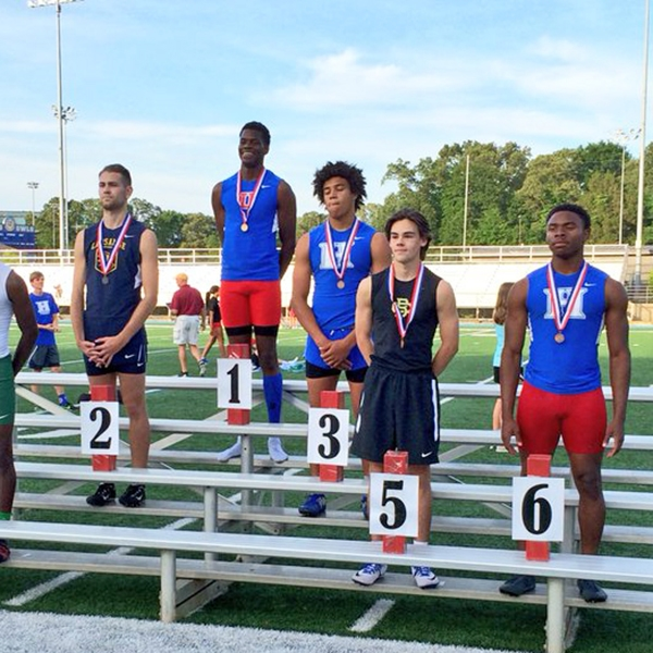 James Townsdin and Marquavious Moore both medaled in the 300m hurdles. Hunter Morgan also ran a PR.