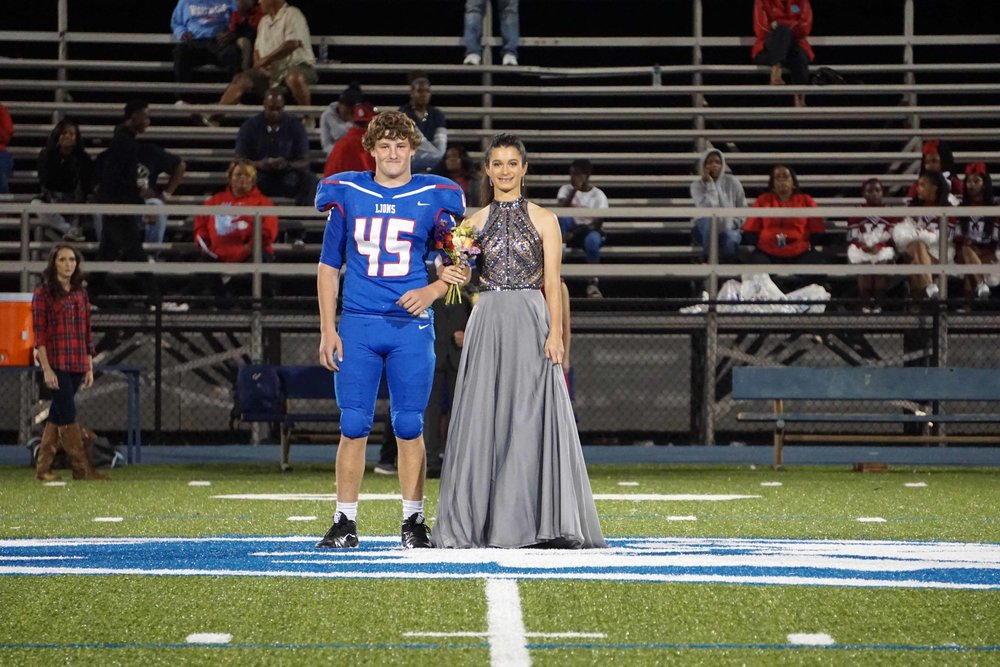 Sept30 HomecomingCourt&JUGGaward03.jpg