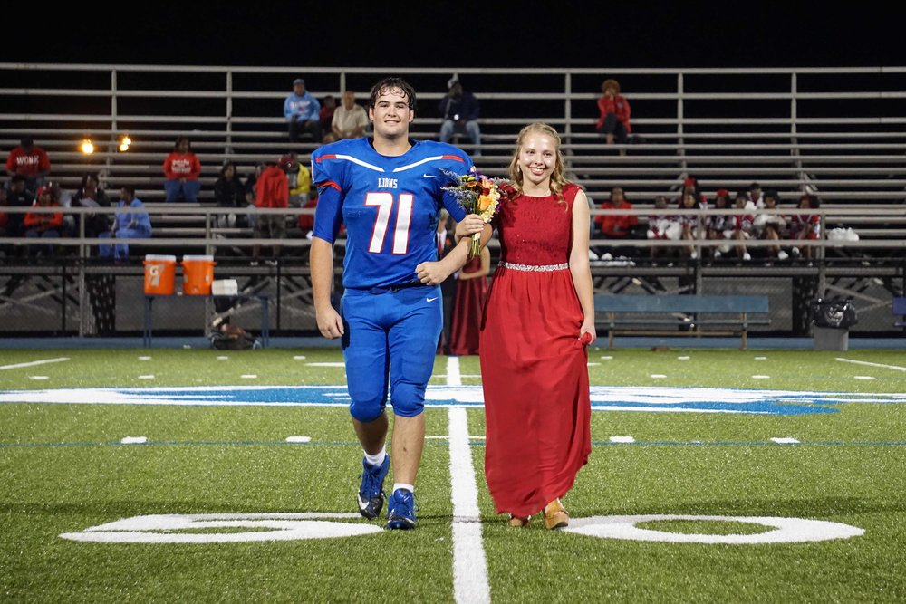Sept30 HomecomingCourt&JUGGaward12.jpg