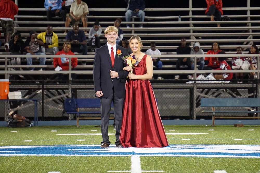 Sept30 HomecomingCourt&JUGGaward13.jpg