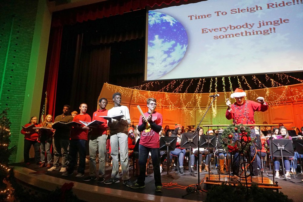 Dec9 SWE Sing-along11.jpg