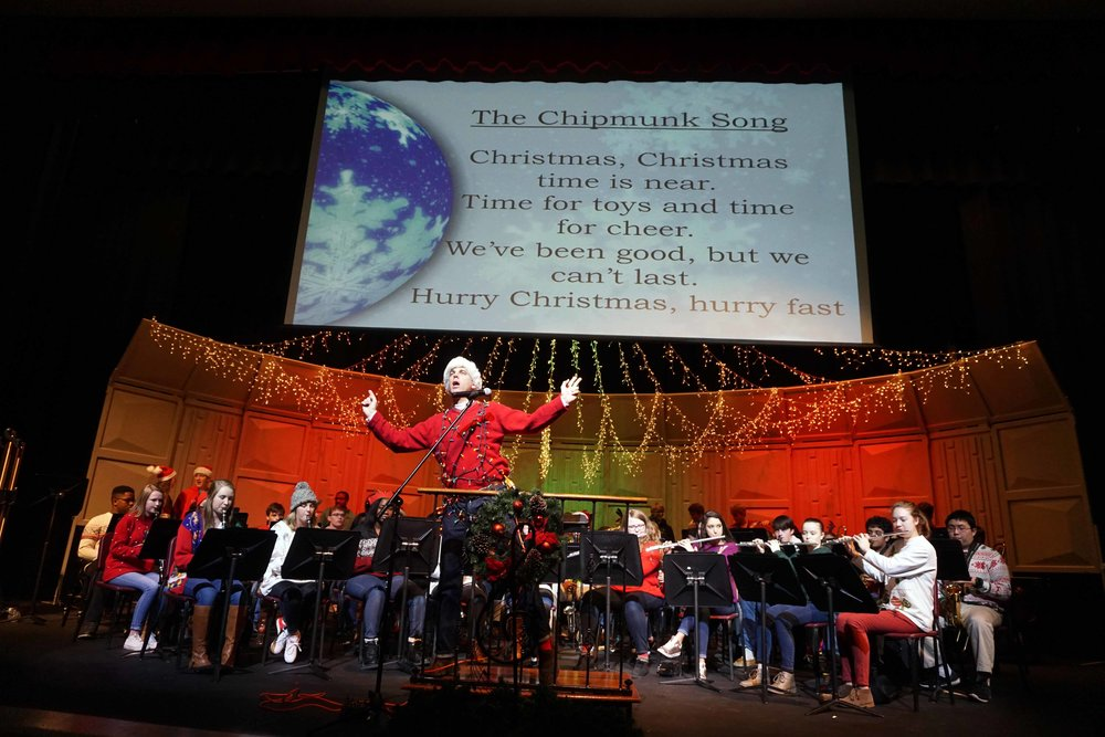 Dec9 SWE Sing-along15.jpg