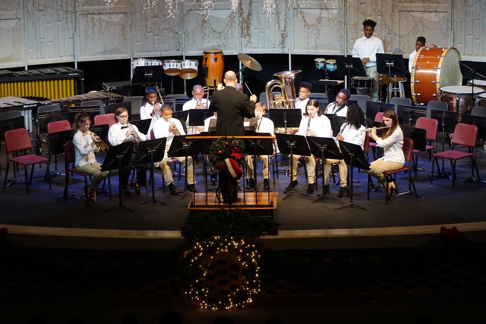 Dec10 ChristmasConcertBegBand1.jpg