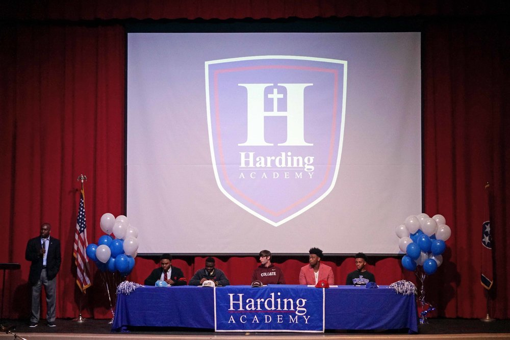 Feb1 NationalFootballSigningDay01.jpg