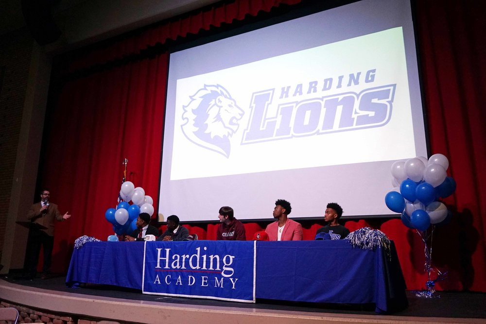 Feb1 NationalFootballSigningDay05.jpg