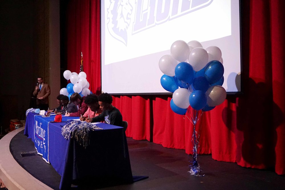 Feb1 NationalFootballSigningDay07.jpg