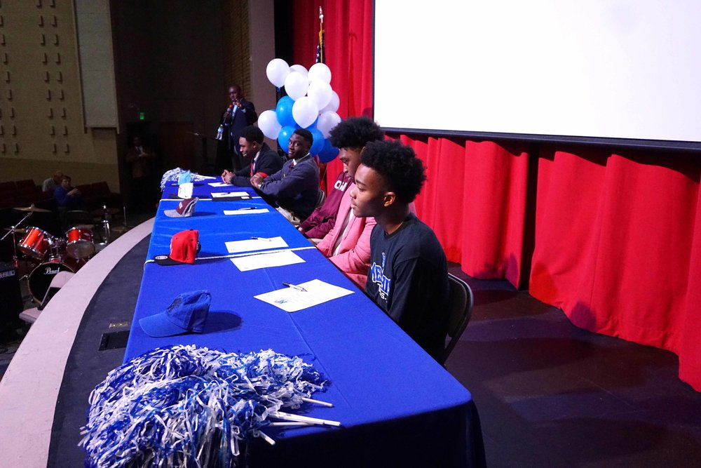 Feb1 NationalFootballSigningDay10.jpg