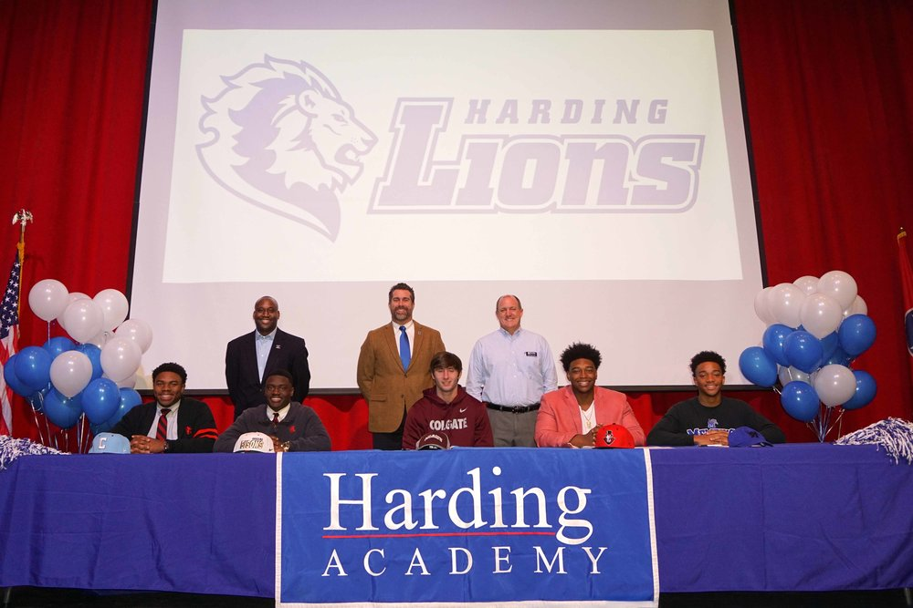 Feb1 NationalFootballSigningDay13.jpg
