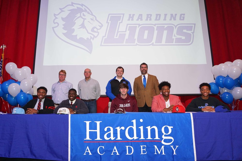 Feb1 NationalFootballSigningDay14.jpg