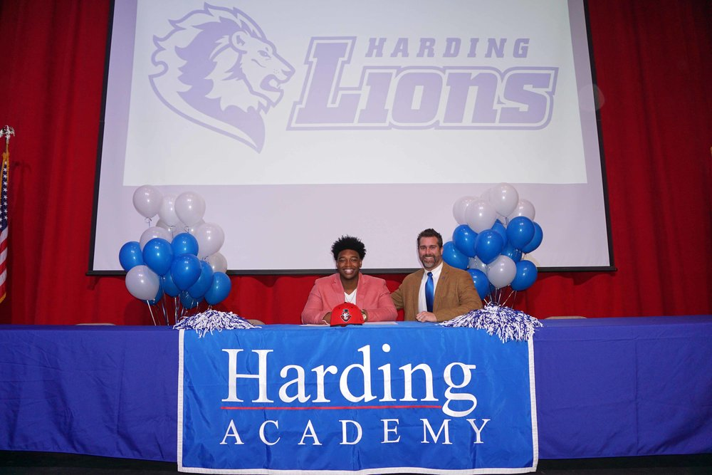 Feb1 NationalFootballSigningDay18.jpg