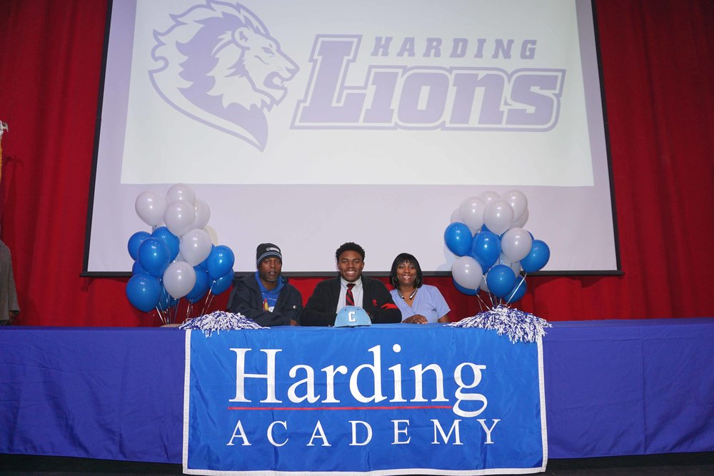 Feb1 NationalFootballSigningDay22.jpg