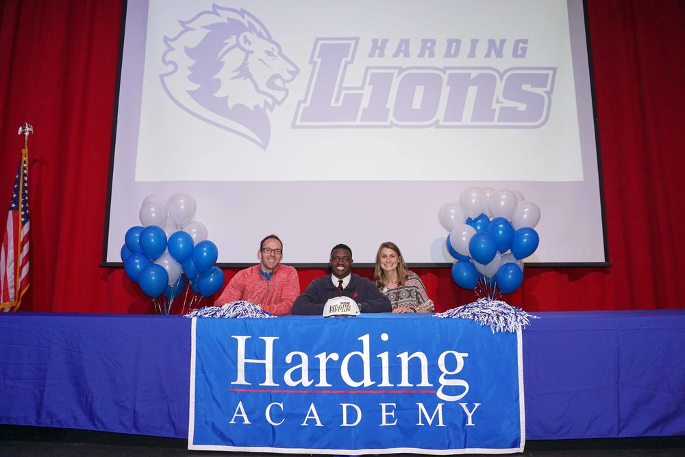 Feb1 NationalFootballSigningDay26.jpg