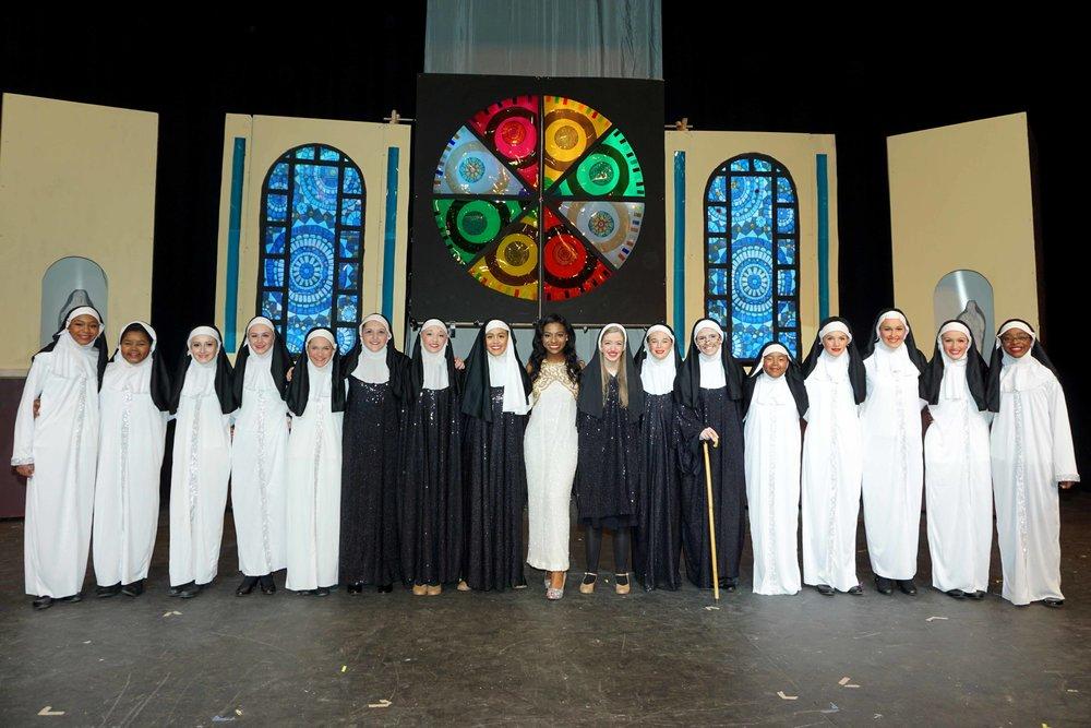 Feb4 SisterActCast&Orchestra01.jpg