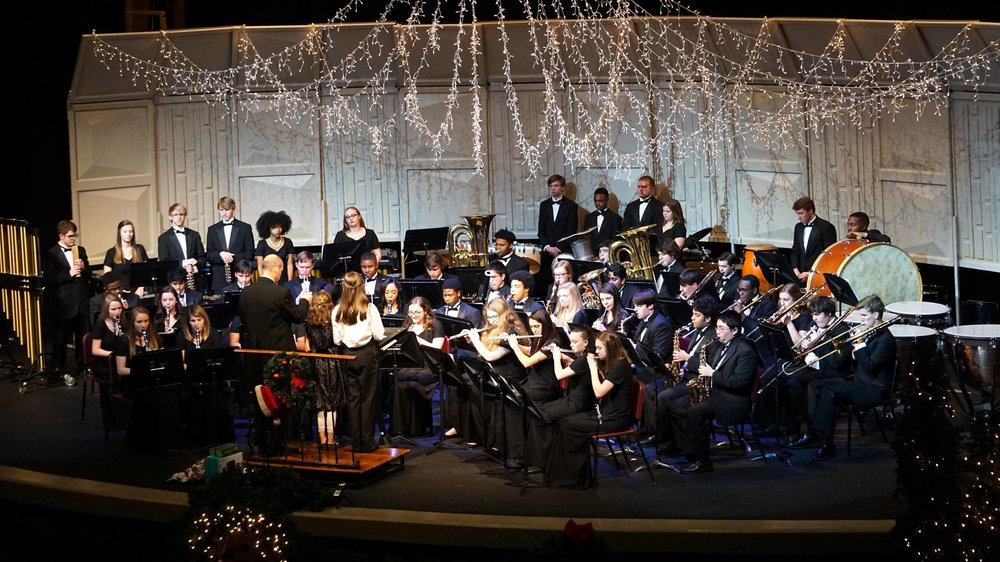 Senior Wind Ensemble 2017 All Bands Christmas Concert