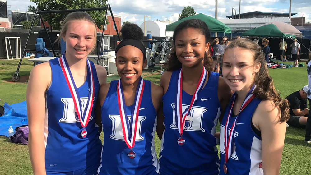 Congratulations to our 4x100 team of Rebekah Jennings, Alexandria Ellis, Nia Bowley, and Abigail Howell for a season PR and 6th place finish at the state championships!