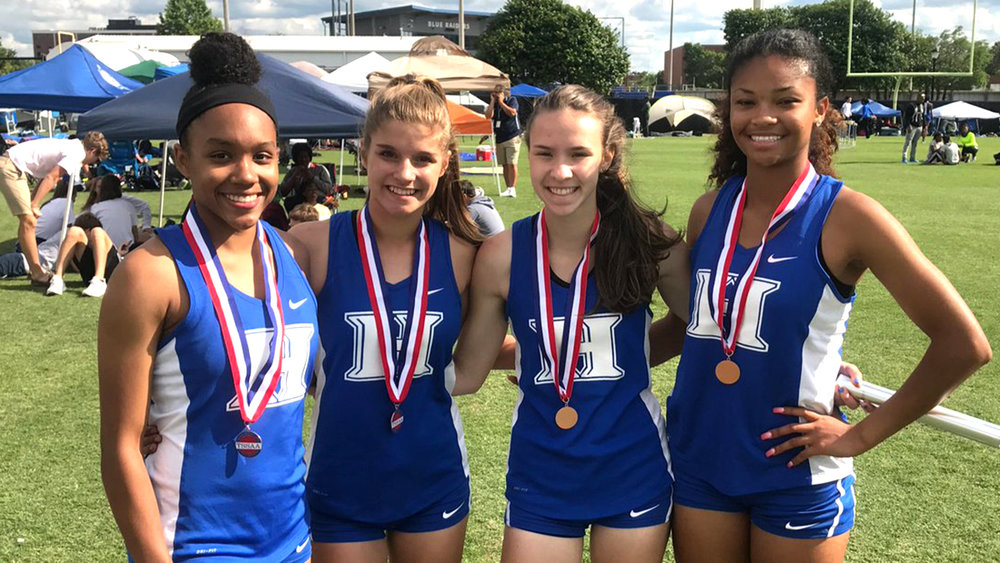 Congratulations to our 4x200 team of Alexandria Ellis, Sarah Kate Hinkle, Abigail Howell, and Nia Bowley for a 6th place finish at the state championships!