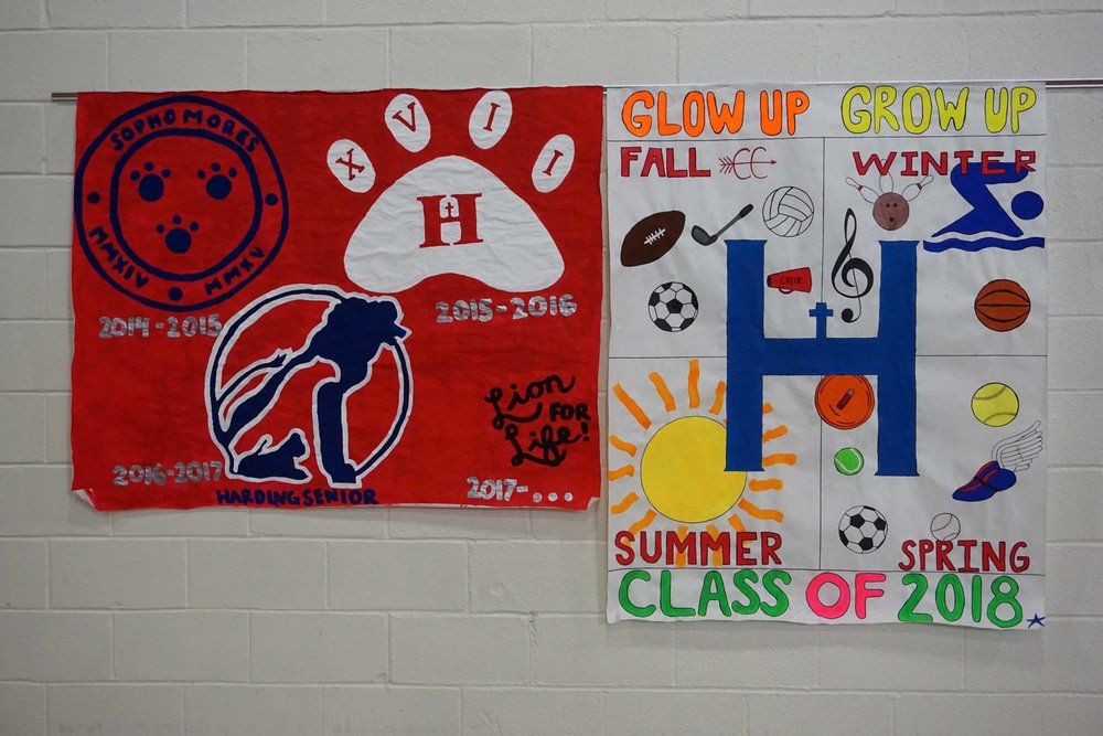 Sept30 HomecomingSigns&Lockers04.jpg
