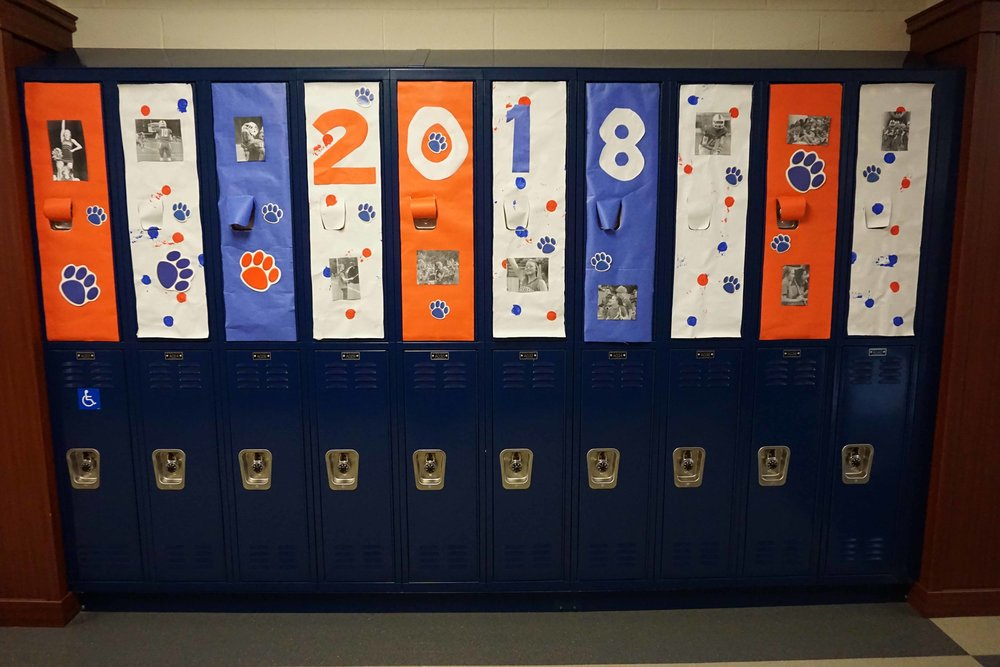 Sept30 HomecomingSigns&Lockers11.jpg
