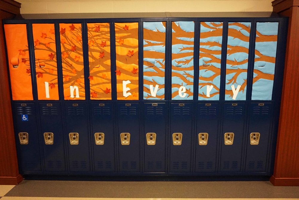 Sept30 HomecomingSigns&Lockers14.jpg