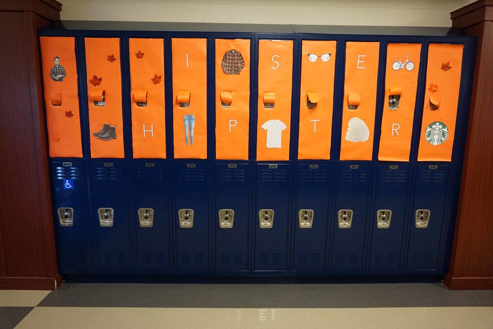 Sept30 HomecomingSigns&Lockers17.jpg