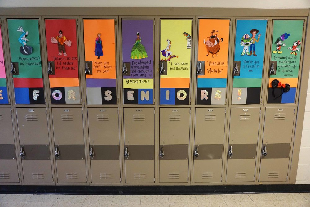 Sept30 HomecomingSigns&Lockers28.jpg