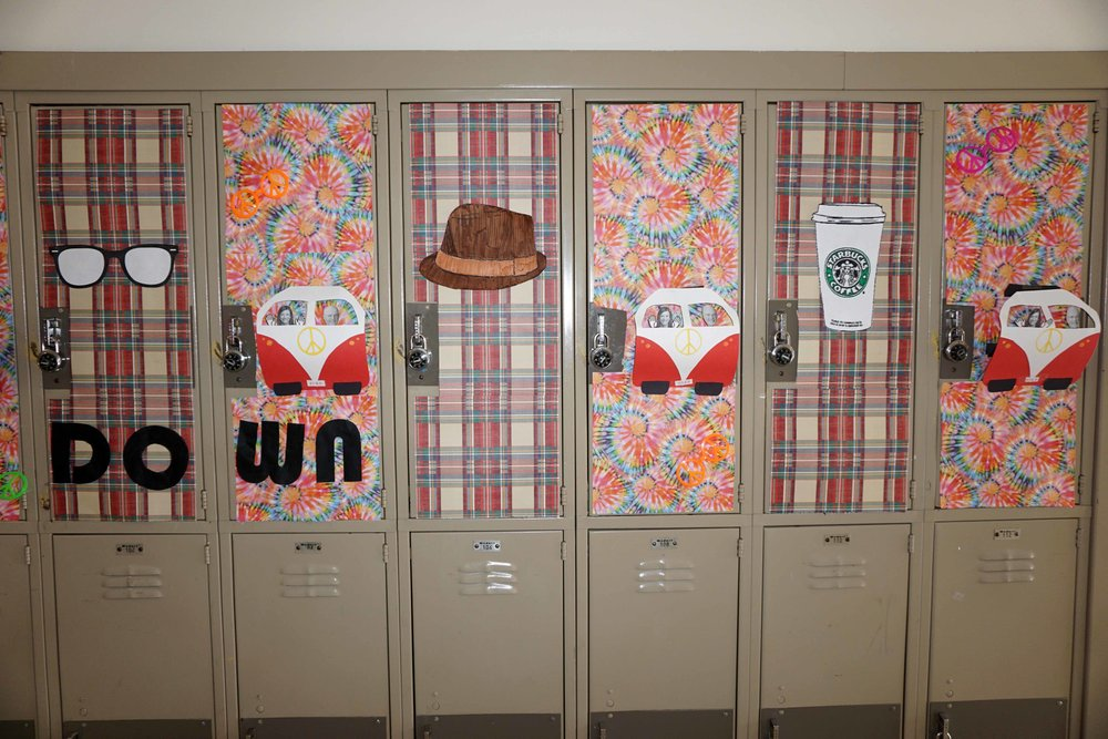 Sept30 HomecomingSigns&Lockers33.jpg