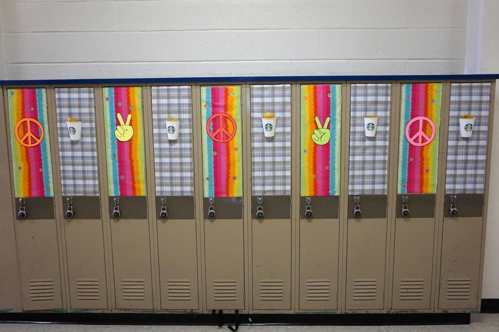 Sept30 HomecomingSigns&Lockers40.jpg