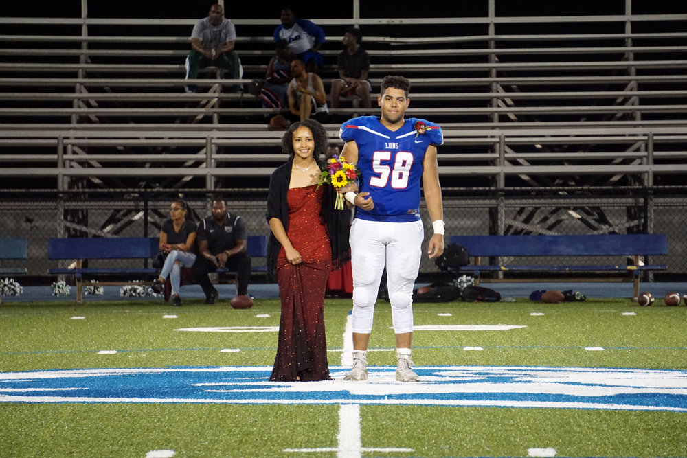 2017HomecomingCourt08.jpg