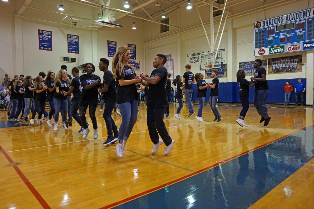 Sept22 HomecomingCUPsophomores30.jpg