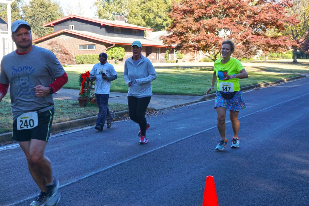 Nov17 HiM5kRace15.jpg