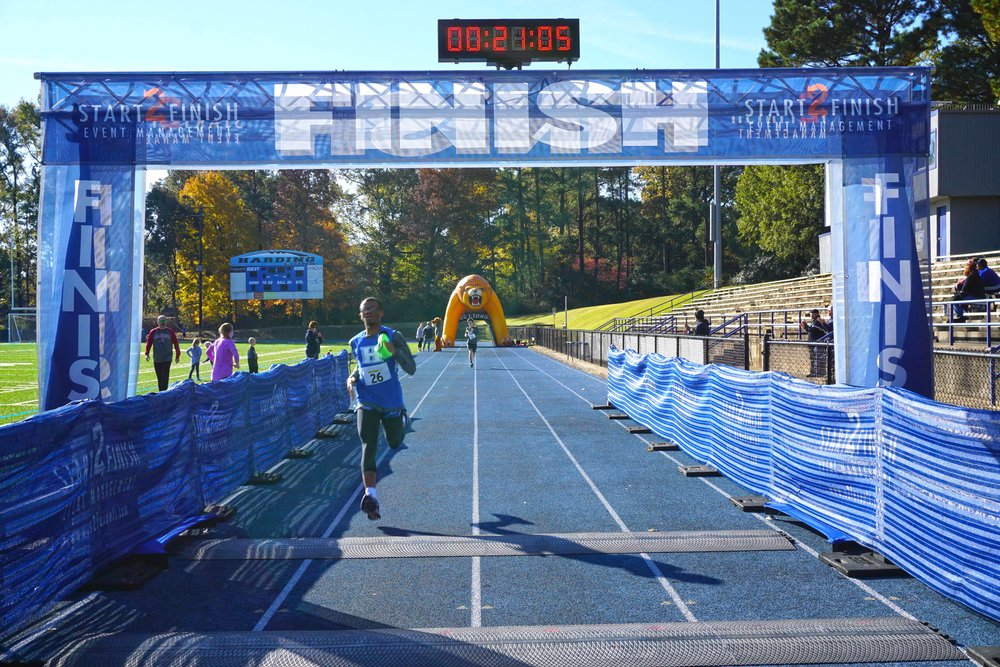 Nov17 HiM5kRace25.jpg