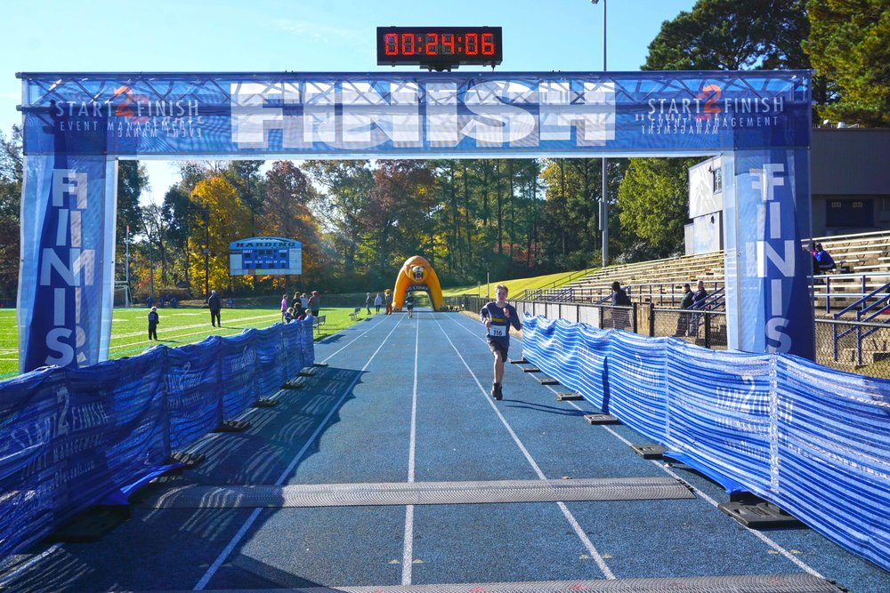 Nov17 HiM5kRace35.jpg