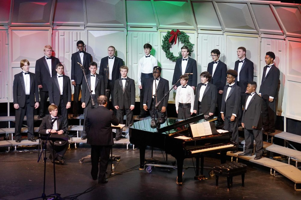 Dec3 ChorusChristmasConcertMensChorus31.jpg