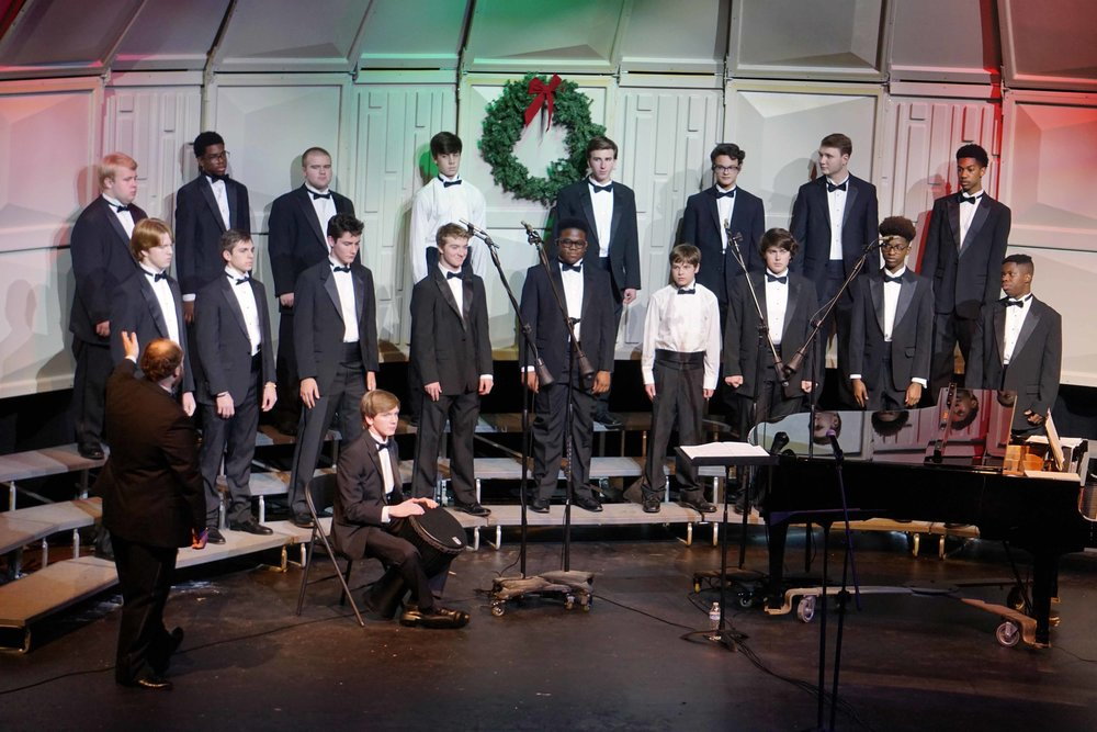 Dec3 ChorusChristmasConcertMensChorus32.jpg