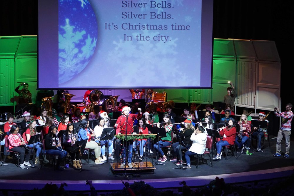 Dec7 SWE Sing-along06.jpg