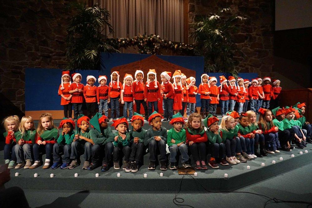 Dec13 WSLH ChristmasProgramJungle&OceanRooms16.jpg