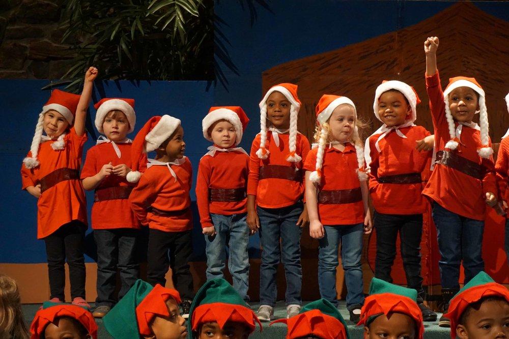 Dec13 WSLH ChristmasProgramJungle&OceanRooms19.jpg