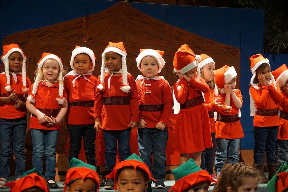 Dec13 WSLH ChristmasProgramJungle&OceanRooms22.jpg