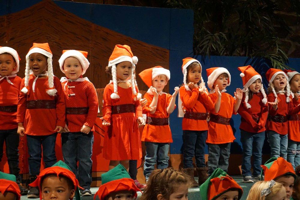 Dec13 WSLH ChristmasProgramJungle&OceanRooms21.jpg