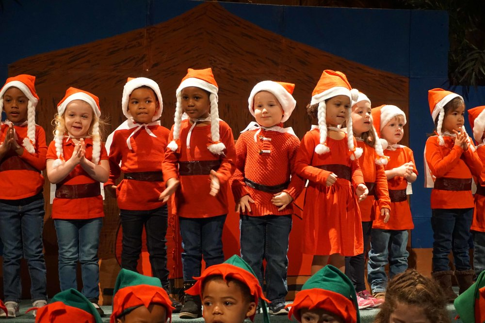 Dec13 WSLH ChristmasProgramJungle&OceanRooms24.jpg