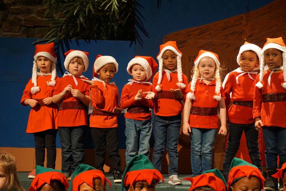 Dec13 WSLH ChristmasProgramJungle&OceanRooms30.jpg