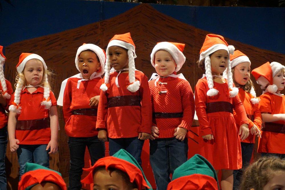 Dec13 WSLH ChristmasProgramJungle&OceanRooms37.jpg