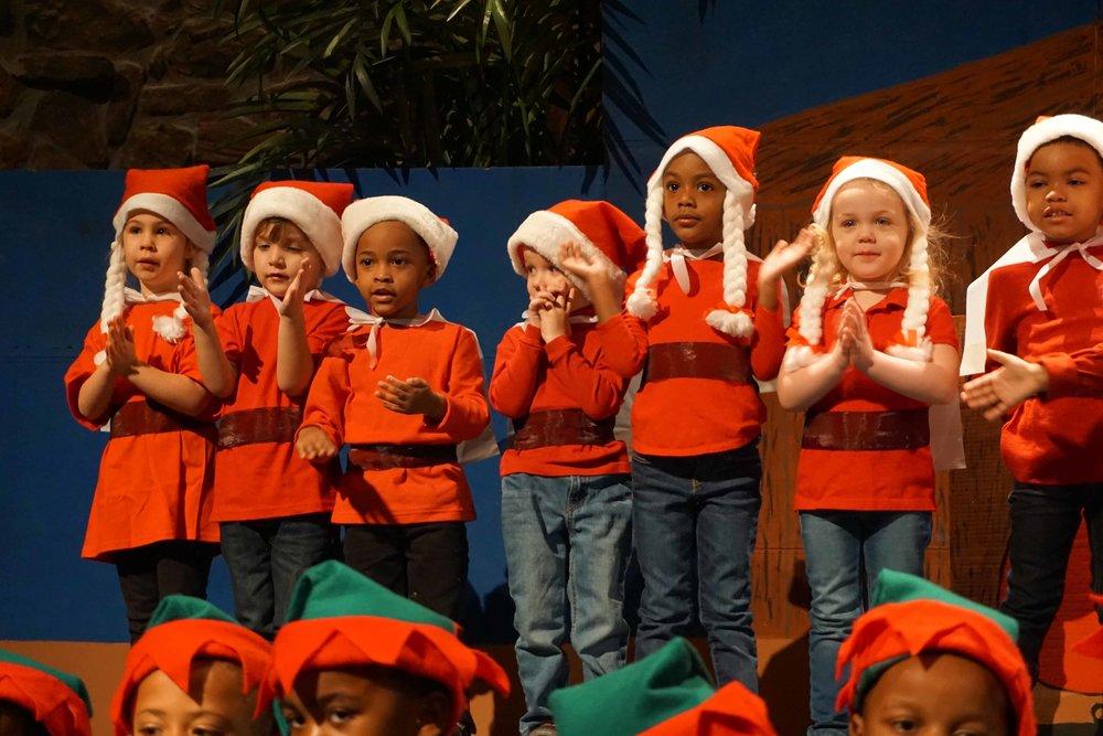 Dec13 WSLH ChristmasProgramJungle&OceanRooms39.jpg